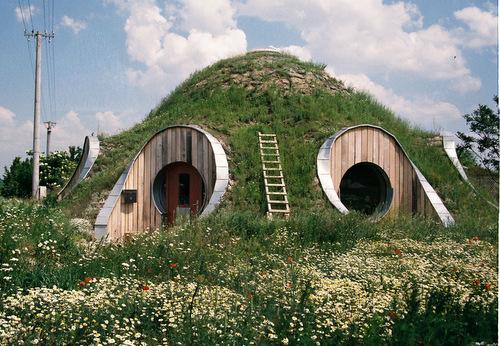 straw dome