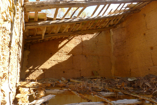 traditional way of building - rammed earth ruin algarve